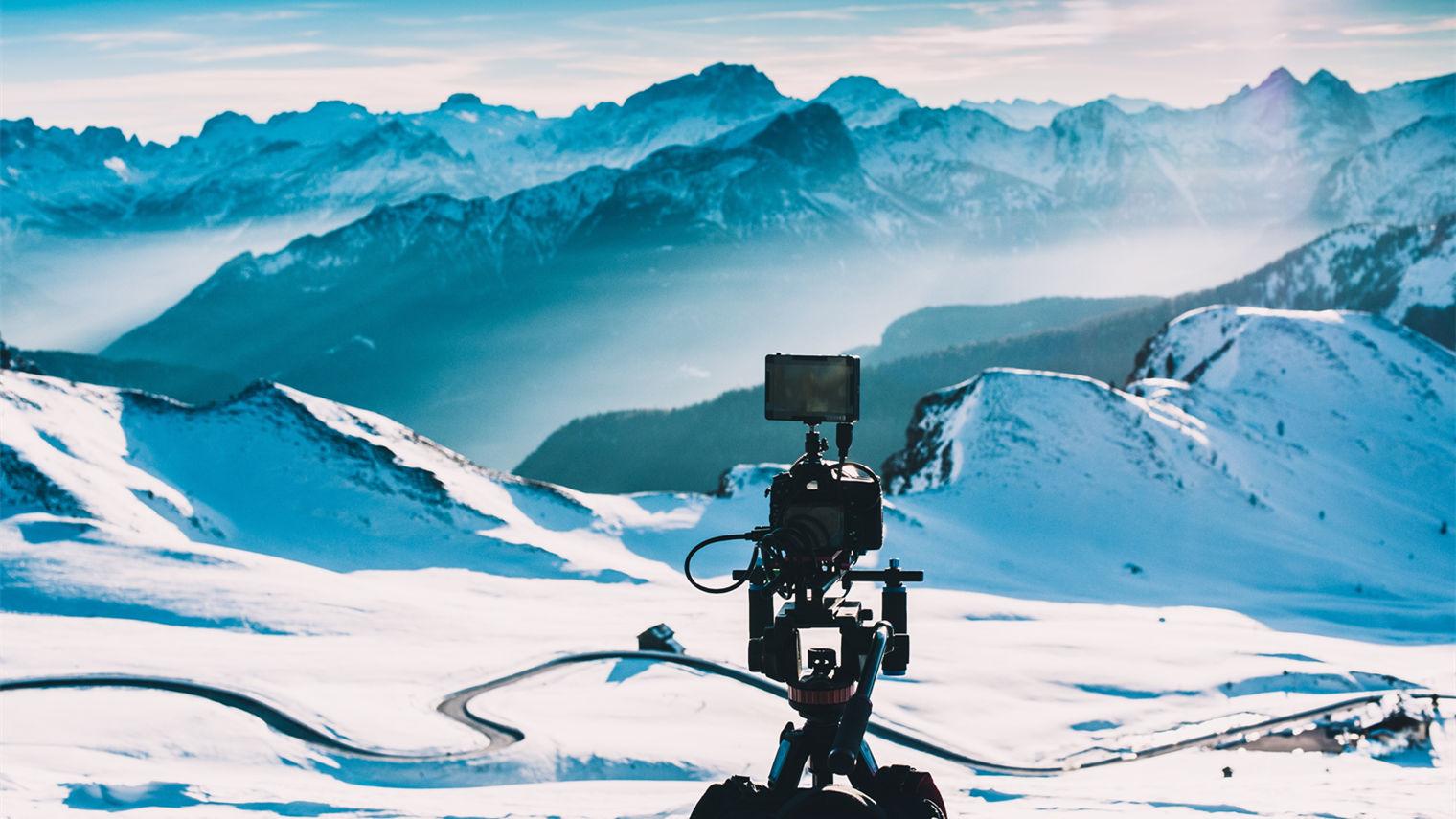 翻雪山、做IP,品牌直播走到哪一步了?