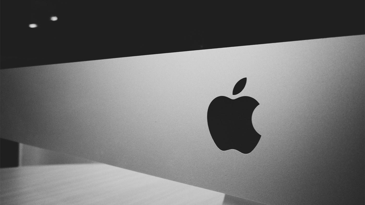 苹果被罚200万美元,取消充电头消费者不买账