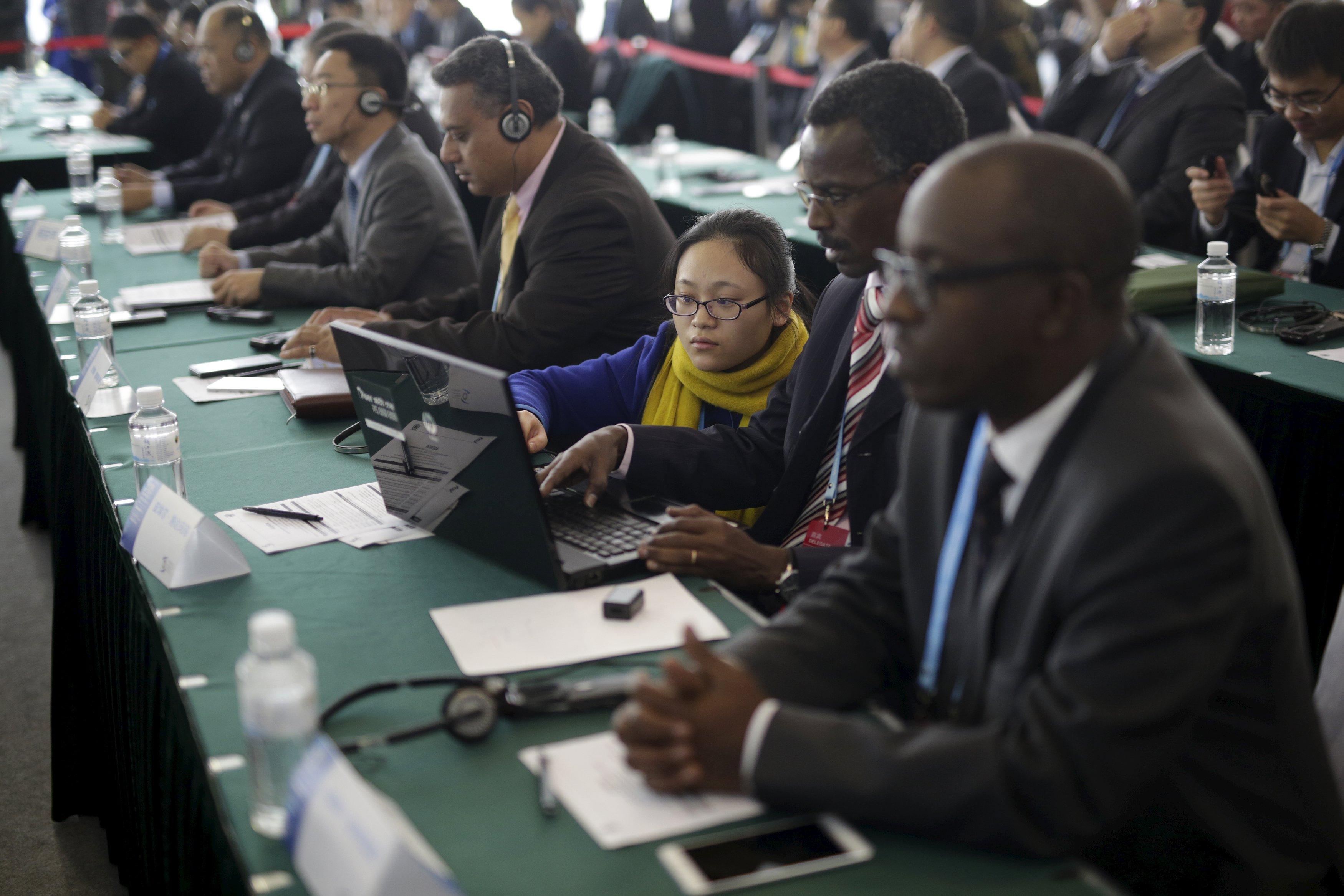 参加世界互联网大会的主要国家中,只有8个互联网水平高于全球均值